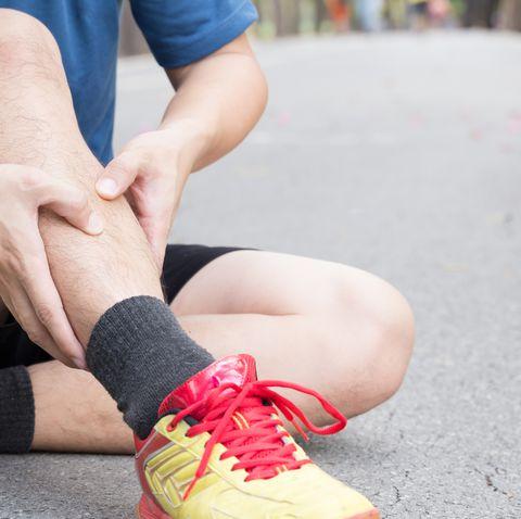 Sípcsont fájdalom lehetséges okai – mire figyeljünk a sípcsont fájdalomnál?